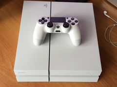 Sony Playstation 4 500 GB (model CUH-1208A)
