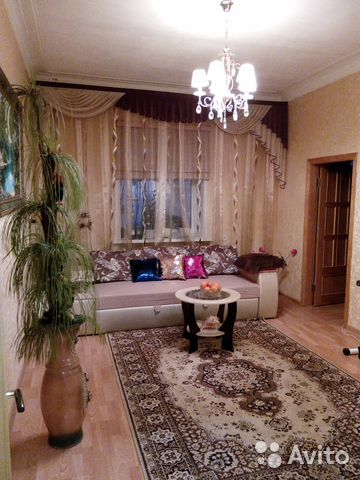 Продается четырехкомнатная квартира за 4 450 000 рублей. Киров, Октябрьский проспект.