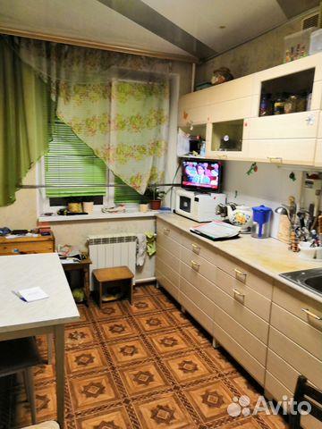 Продается трехкомнатная квартира за 4 150 000 рублей. Нижний Новгород, Комсомольская площадь, 6к1.