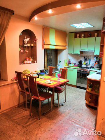 Продается двухкомнатная квартира за 2 800 000 рублей. Мурманск, улица Полярные Зори, 30, подъезд 2.
