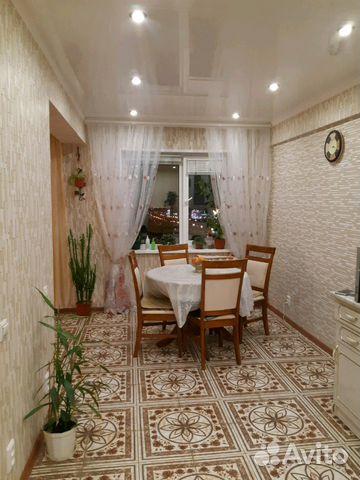 Продается трехкомнатная квартира за 2 850 000 рублей. улица Минаева, 4.