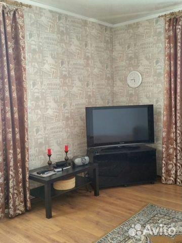 Продается трехкомнатная квартира за 2 100 000 рублей. г Улан-Удэ, ул Комарова, д 3.