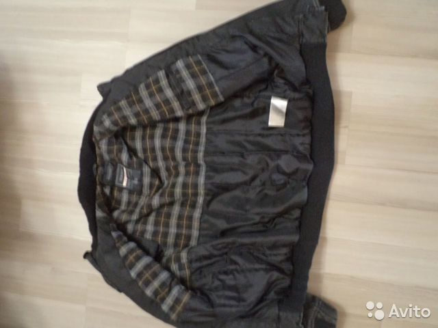 Стильную качественную фирменную куртку Broadway