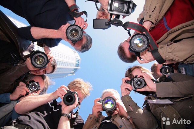 Требуется фотограф в журнал спб работа девушке моделью вичуга