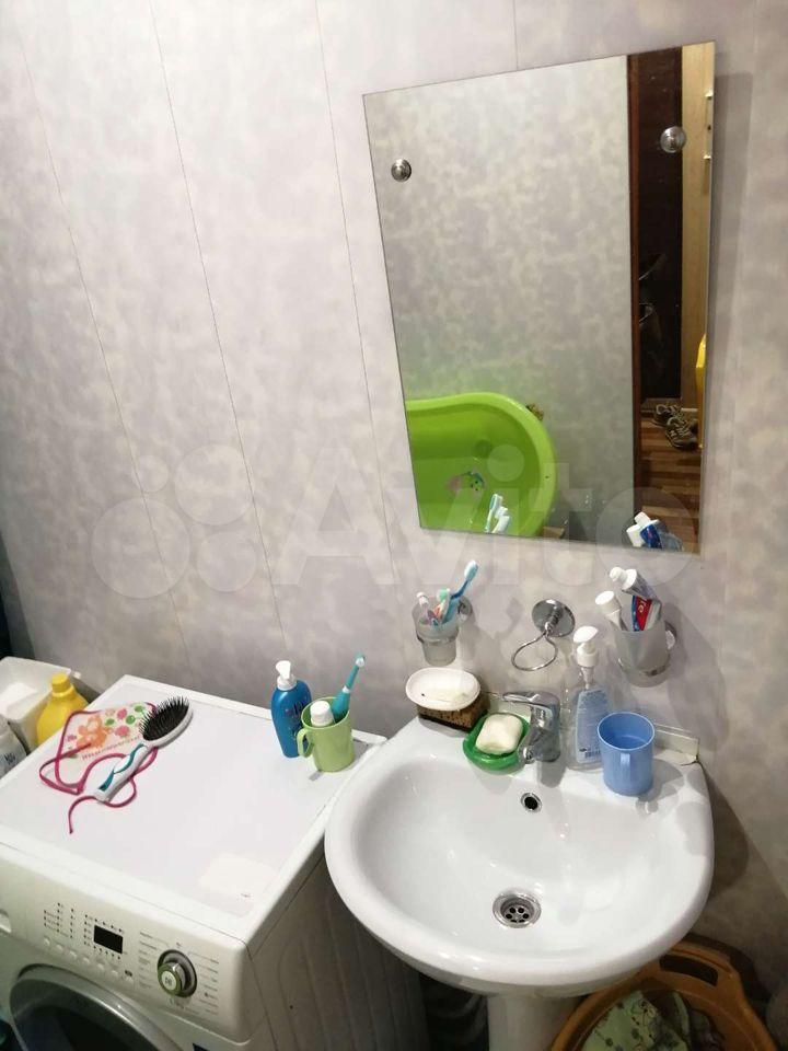 2-к квартира, 68 м², 2/2 эт.